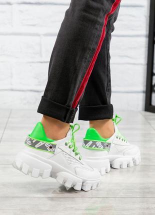 Кожаные кроссовки на тракторной подошве