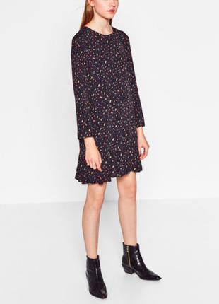 Zara платье в принт с машинками вискоза