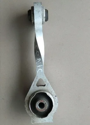 Подушка мотора нижня Рено Сценик1,Кенго