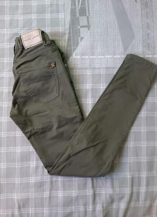Модные джинсы 25 размер