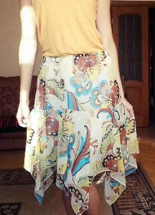 Шикарная многослойная юбка с яркими узорами размер м