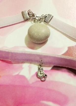 Бархатный розовый чокер с подвеской часы v.7 алиса в стране чудес