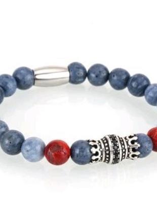 Стильный браслет из натуральных камней с шармом корона