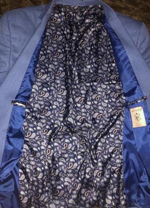 Светло голубой пиджак большого размера