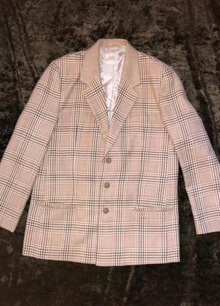 Клетчатый пиджак большого размера