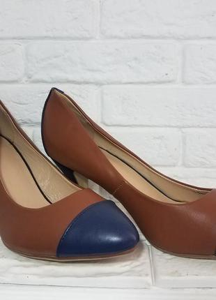 Туфли с каблуком рюмочкой. весна лето новые туфли по скидке