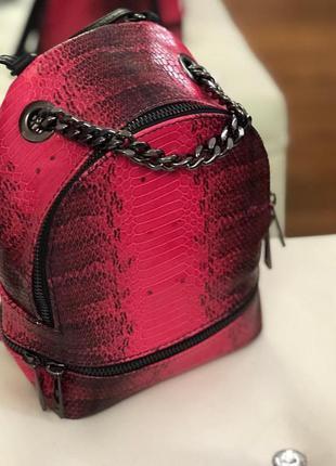 Женский кожаный рюкзак кроссбоди италия