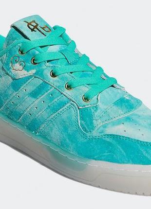 Кроссовки  adidas rivalry low hi-res green gold foil / оригинал