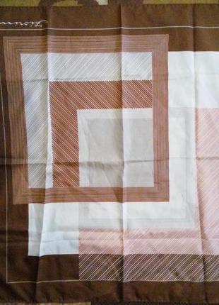 Fiorini брендовый платок подписной,100% оригинал! искусственны...