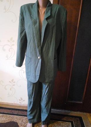 Костюм оверсайз . пиджак брюки . вискоза .