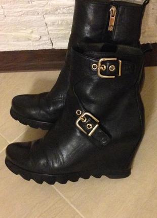 Ботильоны, ботинки, сникерсы hogl кожаные на платформе р.36.