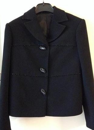 Нарядный пиджак с элементами ручной работы