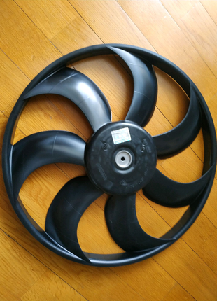 Крыльчатка вентилятора на Hyundai Accent RB