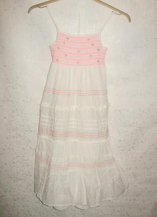Хлопковое макси платье-сарафан с вышивкой и рюшами для девочки...