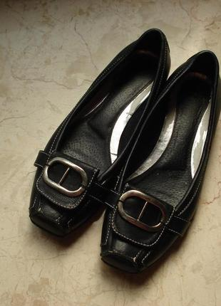 Лоферы лодочки туфли балетки