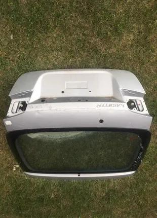 Б/у крышка багажника для Chevrolet Lacetti 2011 хетчбек