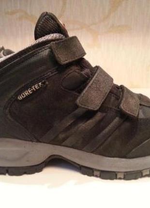 Ботинки adidas gore-tex