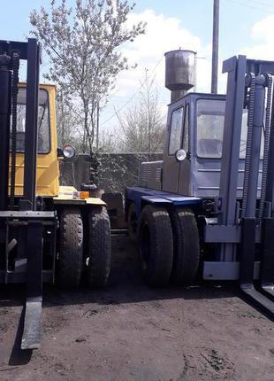 Львівський навантажувач(львовский погрузчик)5т дизельний двигун