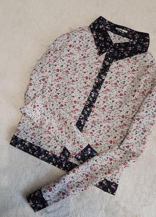 Шифоновая не прозрачная короткая блузка рубашка в цветы fashio...