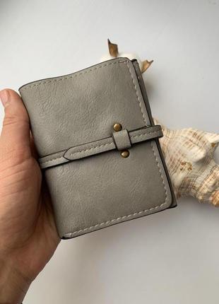Элегантный небольшой женский кошелек из экокожи