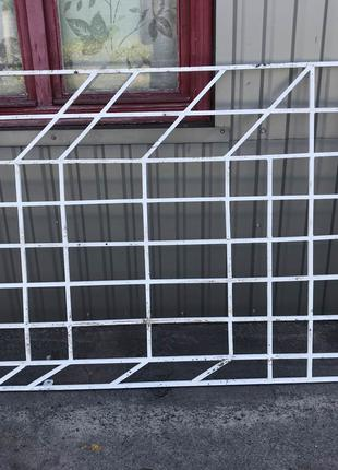 Продам усиленные РЕШЕТКИ на окна 1950 мм × 1220 мм