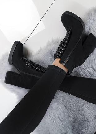 Замшевые ботиночки еа шнурках