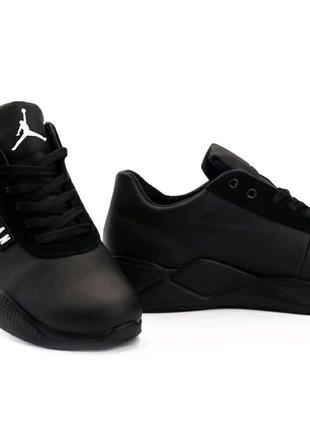 Мужские кроссовки кожаные