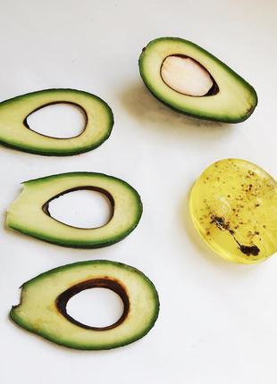 Натуральное мыло ручной работы с маслом авокадо и витаминами а...