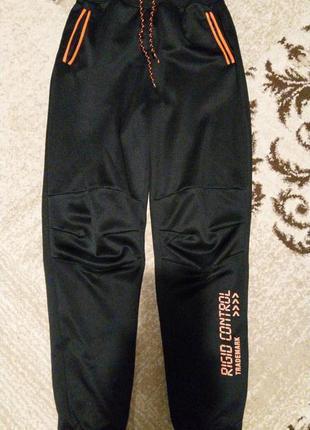 Детские спортивные штаны на 10-11лет от yigga