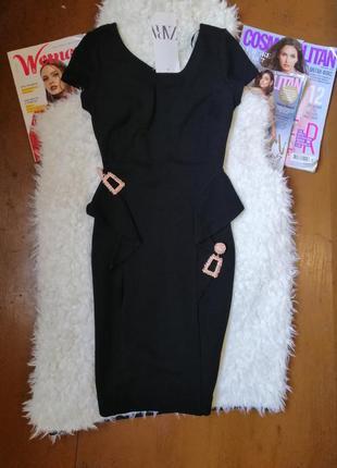 Маленькое черное платье, платье с воланами