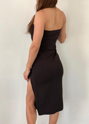 Красивое платье, с разрезом 36