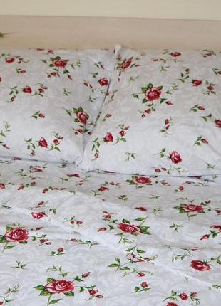 Комплект постельного белья розочки
