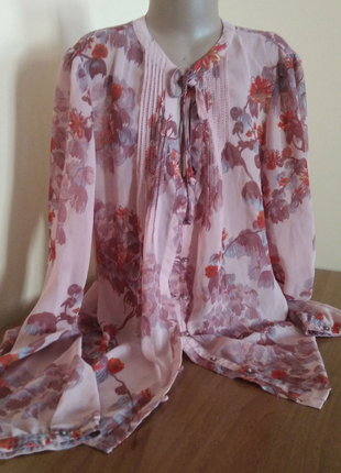 Блузка жіноча, кофта