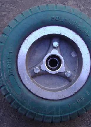 Колесо с литой резиной (с 3-х колесного электроскутера)