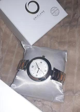 Часы орифлейм