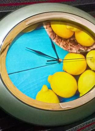 Часы настенные без циферблата различное положение лимоны