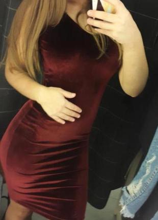 Бархатное платье , платье с вырезом на спине, платье с открыто...