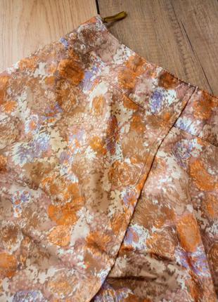 Необычная шелковая юбка миди