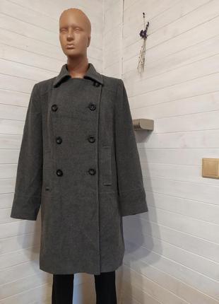 Классное пальто xl