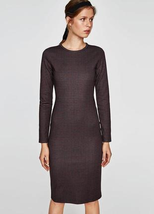 Женское платье миди футляр прямое по фигуре с рукавом осень зи...