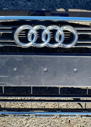 Audi A3 решётка радиатора 8V3853651A