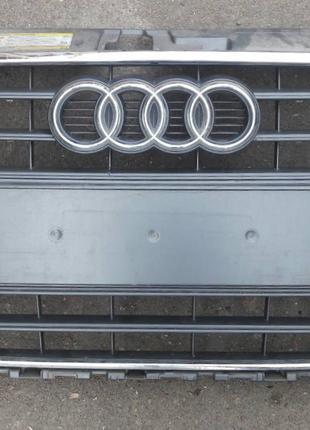 Audi A3 решётка радиатора 8V38536511QP