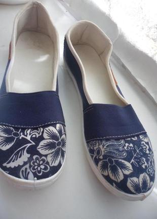 Синие балетки экспадрильи мокасины тапочки в принт цветы