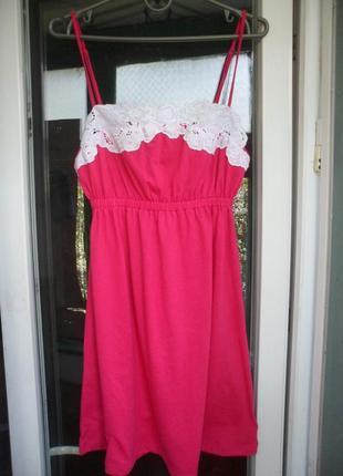 Розовое летнее платье сарафан new look с белым кружевом на тон...