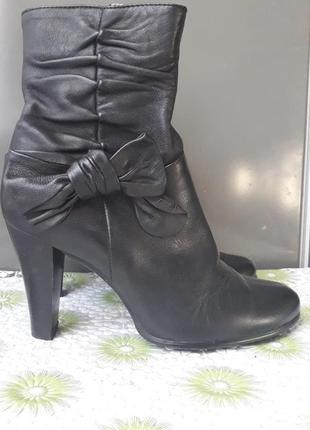 Женские черные кожаные ботинки полусапоги на каблуке байке 37 ...