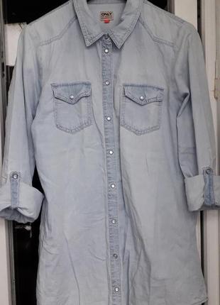 Женская голубая джинсовая рубашка на кнопках only