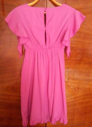Женское нарядное вечернее платье миди с воланами без рукавов л...