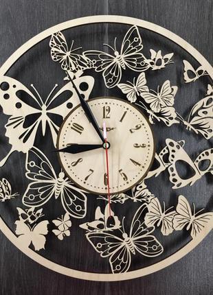 Фигурные настенные часы 7Arts Вальс бабочек CL-0021