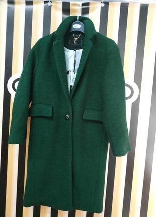 Шерстяное пальто изумрудный цвет фраком