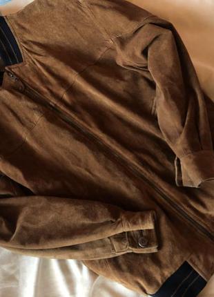 Замшевая куртка , бомбер от traders ( c нюансом )